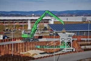 Sennebogen expands product range  for scrap handling and ports