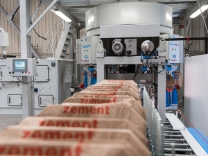 All-in-one packaging line for Mexican cement plant