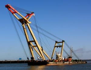 Hamburg's enhanced capacity for handling ultra-heavy cargoes