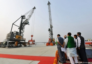 Liebherr MHC at India's first multi-modal terminal