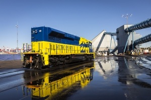 Metro Ports deploys low emissions locomotive