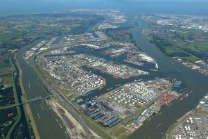 Rotterdam closer to hydrogen backbone