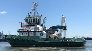 Seaway tugboat arrives in Massena, New York