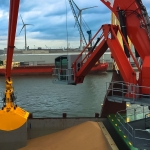 Belfast's contract for world's largest hydraulic crane