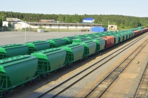 US grain shippers partner with railroads on food safety