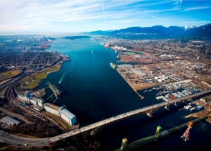 Vancouver sets records in potash and grain