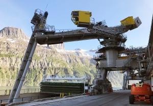 Yara takes Siwertell ship unloader to Arctic
